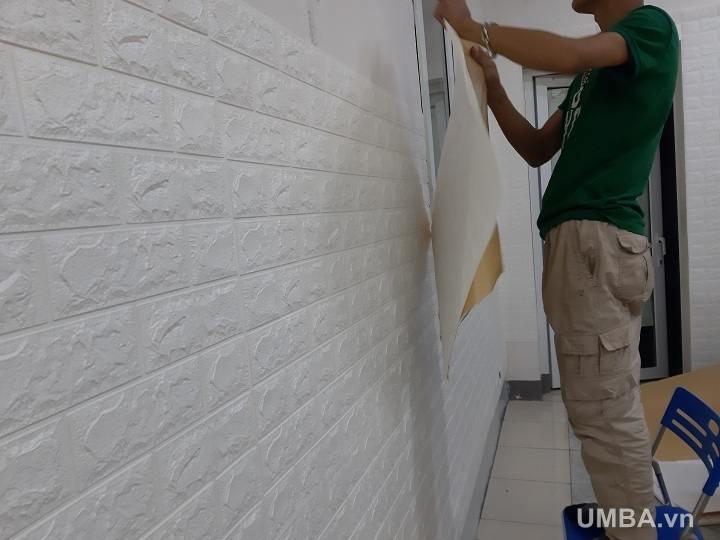 Hướng dẫn thi công xốp dán tường 3d hàn quốc sao cho tiết kiệm chuyên nghiệp
