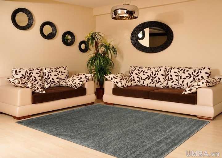 Hình ảnh thảm phòng khách một màu ghi xám