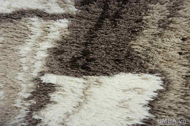 chi tiết mẫu thảm phòng khách lông xù